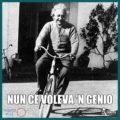 Albert Einstein bicicletta